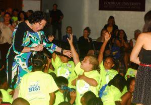 """Niños de El Bronx """"sueñan en grande"""" con Sonia Sotomayor"""