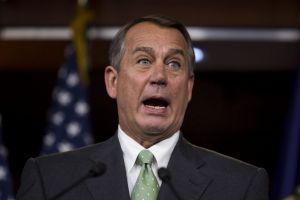 Líder republicano azota a King por insultar a inmigrantes