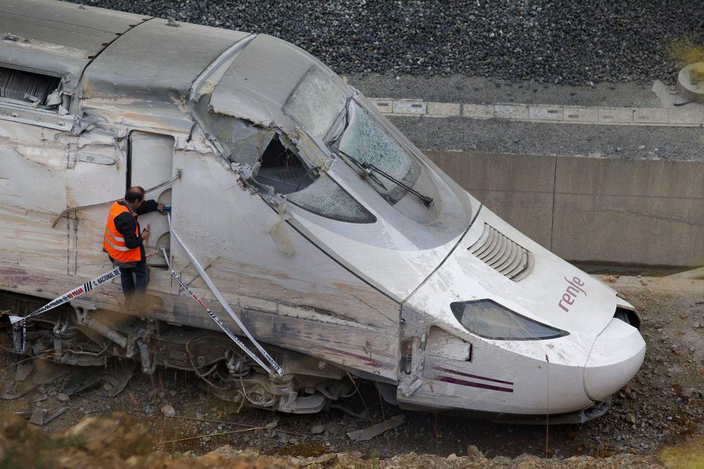 En el accidente del tren murieron al menos 78 pasajeros.