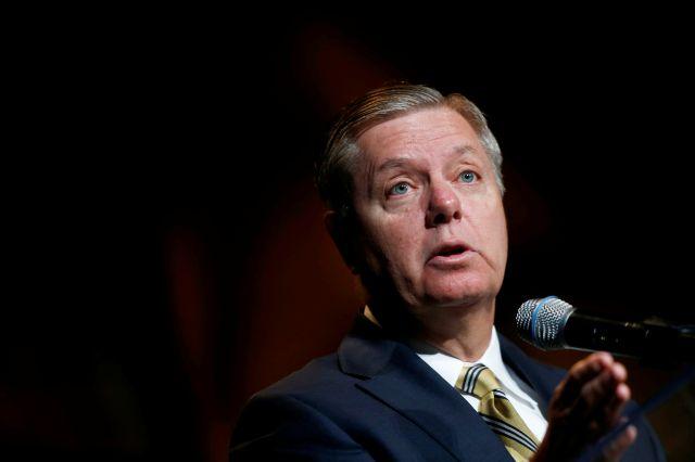 Una comisión del  Senado aprobó hoy, por unanimidad, la propuesta de Graham.