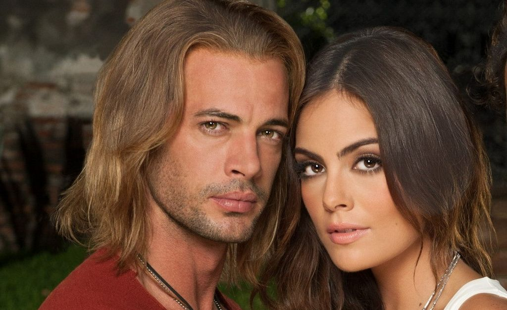 El cubano y la mexicana enfrentan a las revistas 'del corazón' y sus especulaciones.