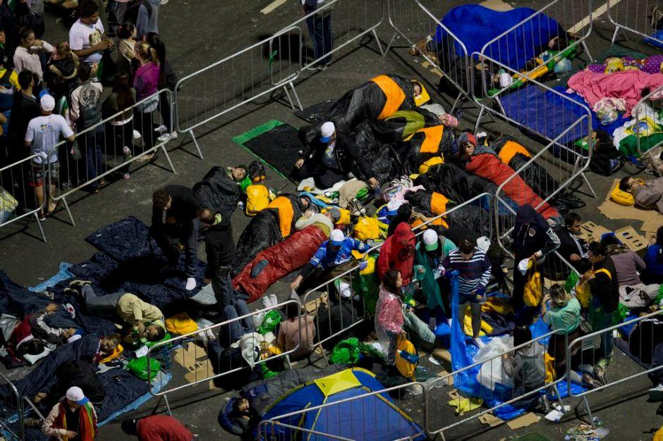 Río se convierte en gran campamento por el Papa (fotos)