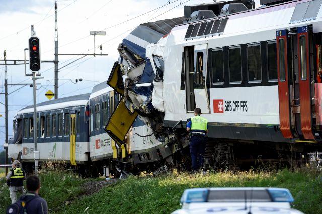 Choque de trenes en Suiza deja al menos 40 heridos