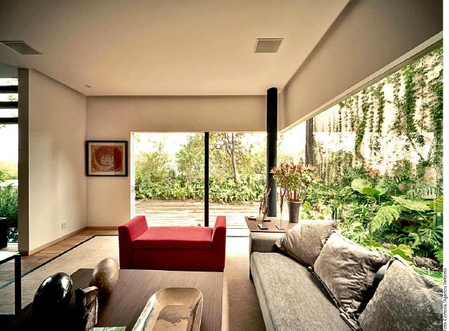 Los colores neutrales ayudan a mantener la casa con una temperatura fresca.