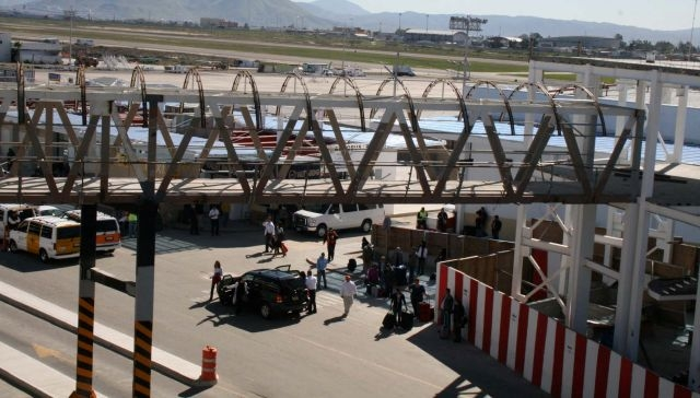 Aduana de EEUU acelerará paso de viajeros en frontera sur