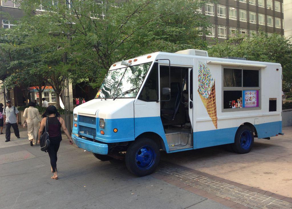 Acusado en Brooklyn vendía droga en camión de helados