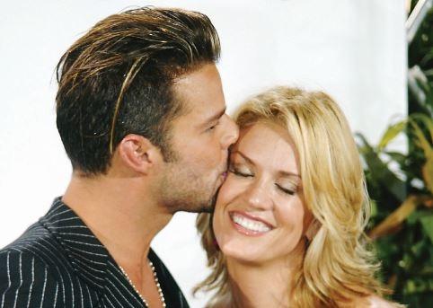 Rebecca de Alba arremete contra Ricky Martin
