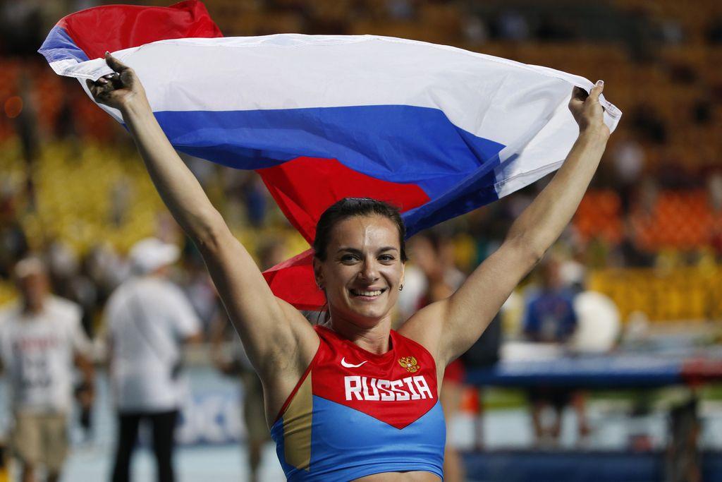 Isinbayeva y su eterna sonrisa esta vez brillaron en su propia casa.