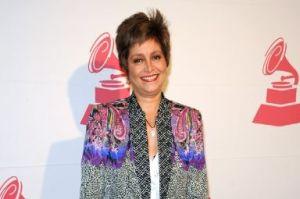 Daniela Romo defiende de las críticas a William Levy