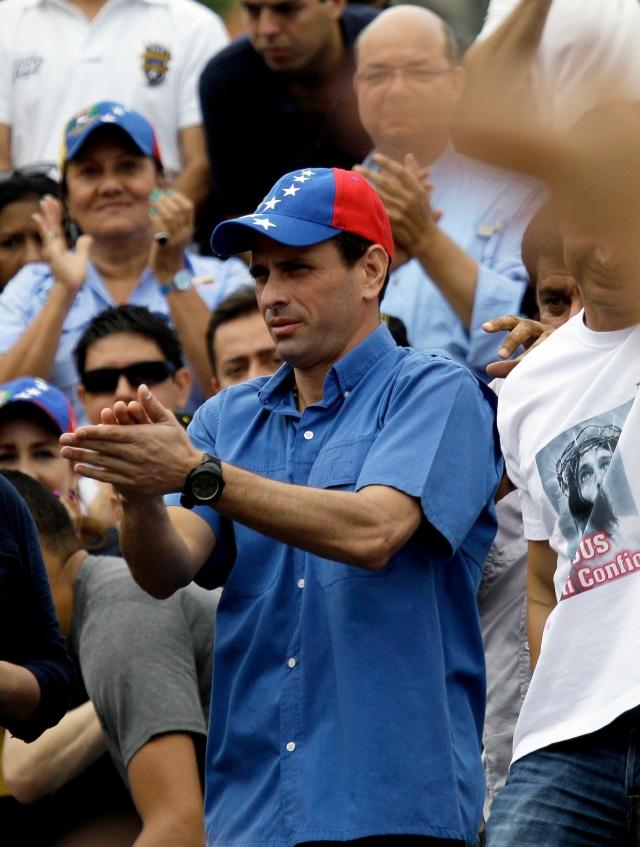 Capriles pide atacar la corrupción