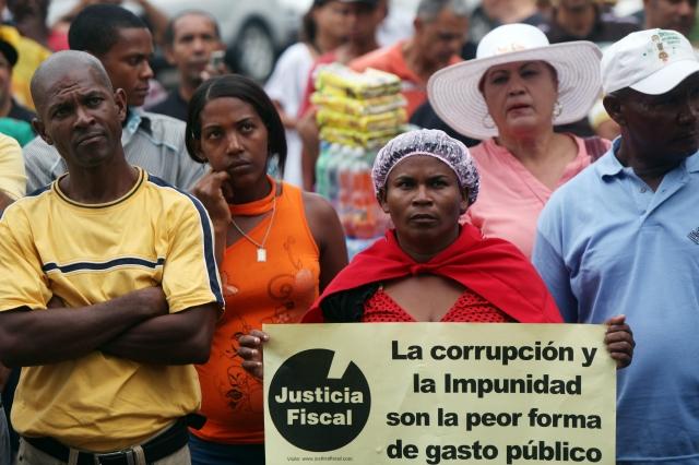 Danilo Medina intenta frenar la corrupción