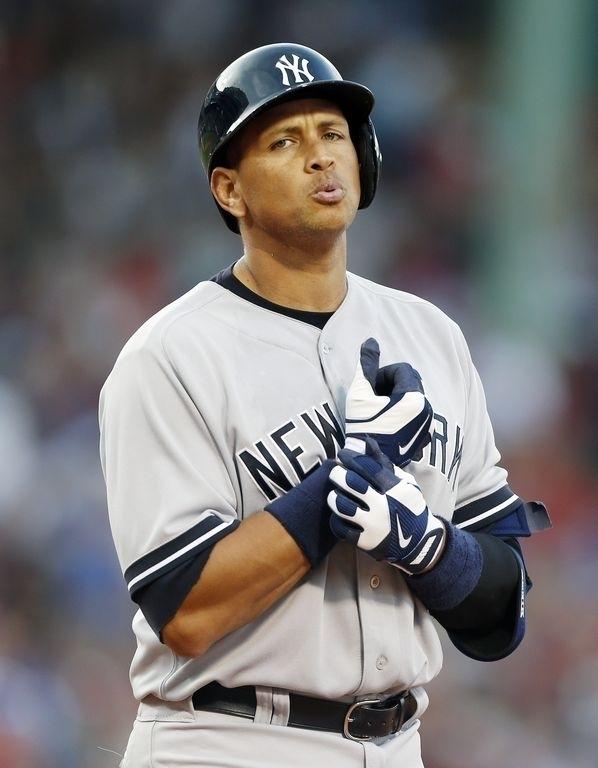 En guerra Alex Rodríguez y plana mayor de los Yankees
