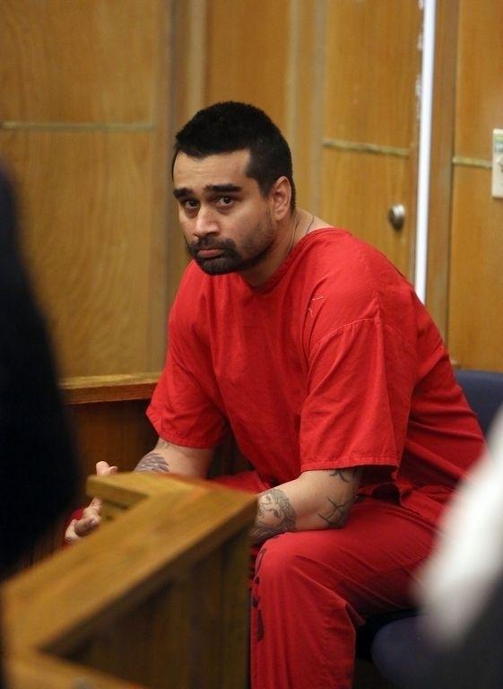 Derek Medina se entregó a las autoridades tras asesinar a su esposa.