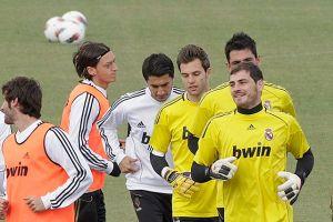 Arsenal tiene en la mira a Di María e Iker Casillas