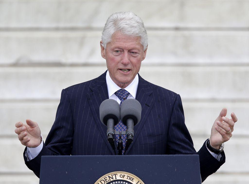 Bill Clinton también llamó a velar por la puesta en marcha de la reforma de salud.