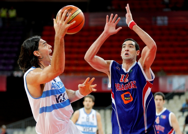 Argentina arrolla a Paraguay en Premundial Baloncesto