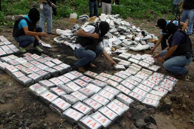 EEUU construye bases antinarcóticos en Honduras