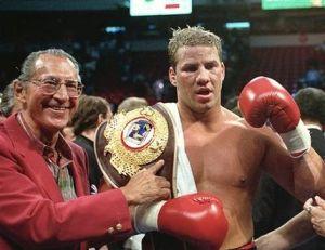 Boxeador Tommy Morrison muere a los 44 años