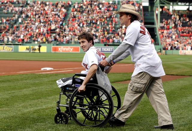 Sobreviviente de atentados en Boston escribe libro