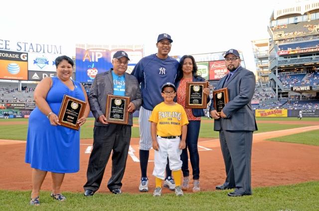 Yankees rinden homenaje a los 100 años de El Diario La Prensa