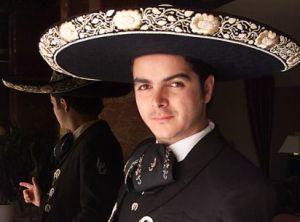José Julián promociona 'Serenata a caballo'