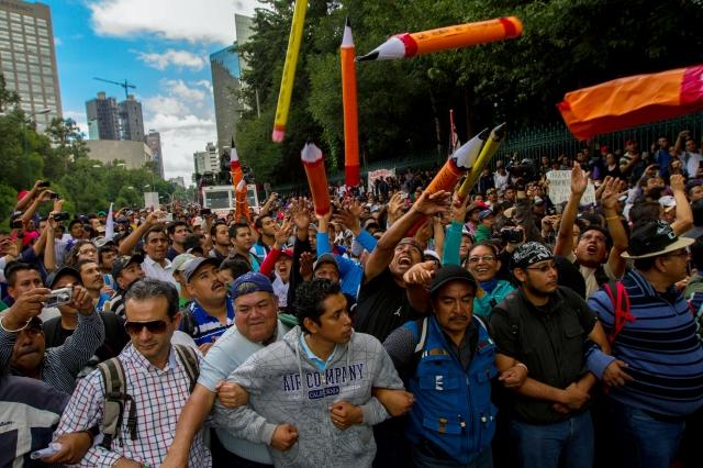 Maestros protestan  en Ciudad de México