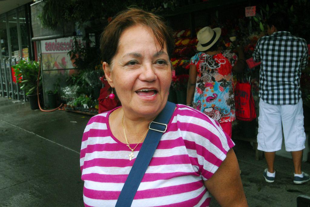 Latinos en NYC aconsejan a candidato Bill Thompson
