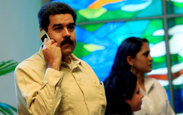 Maduro anuncia el 0-800 sabotaje