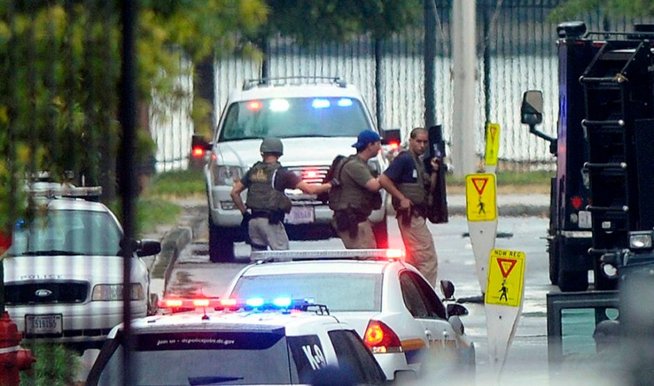 Washington confirma 12 muertos por balacera (fotos)