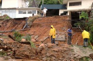 Activan puente aéreo para rescate de damnificados en Acapulco