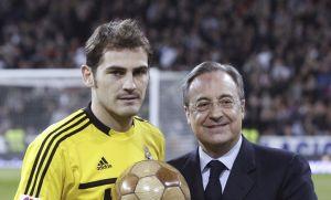 Florentino Pérez muestra su apoyo a Iker Casillas