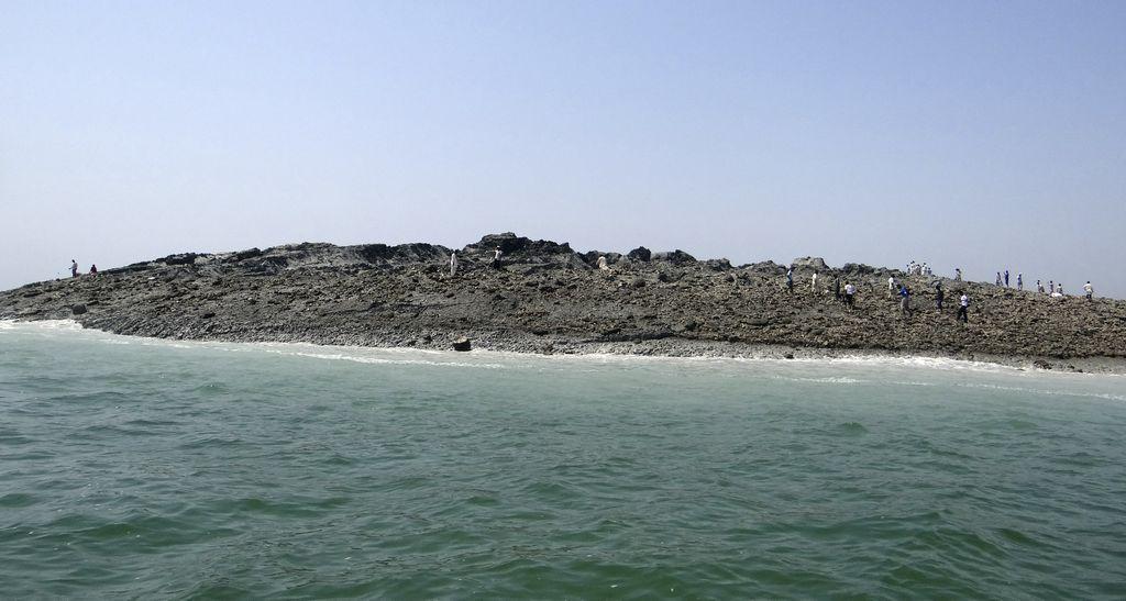 Más de 250 muertos y nueva isla deja temblor en Pakistán