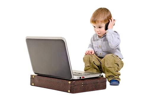 Niños cada vez más adictos a aparatos electrónicos
