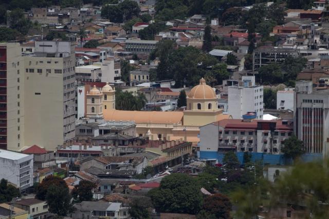 Pobreza e inseguridad agobian a Tegucigalpa