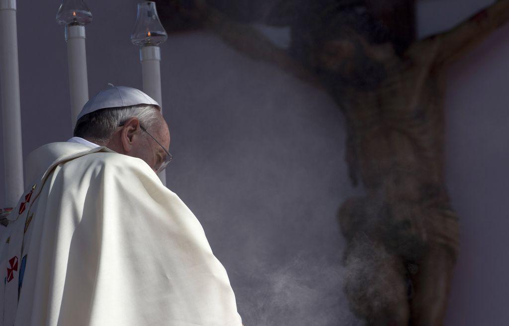 Juan Pablo II y Juan XXIII serán santos el 27 de abril