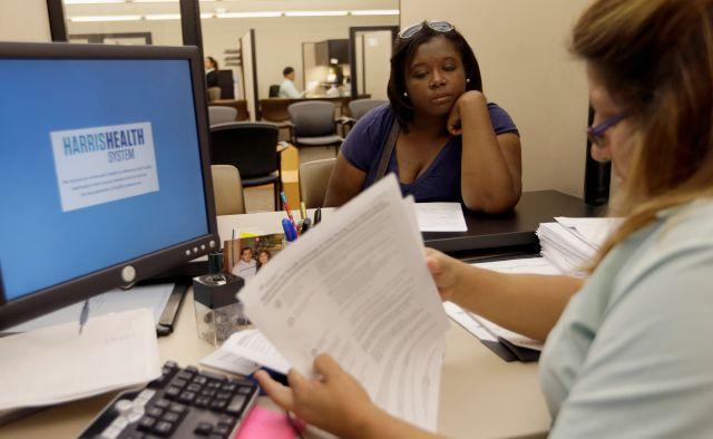 """Visitas a sitio del """"Obamacare"""" en NY suman 30 millones"""