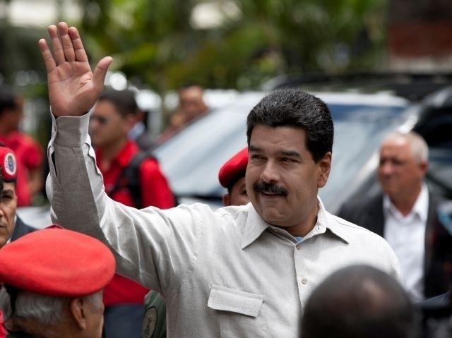 Presidente venezolano derribará aviones de narcotráfico