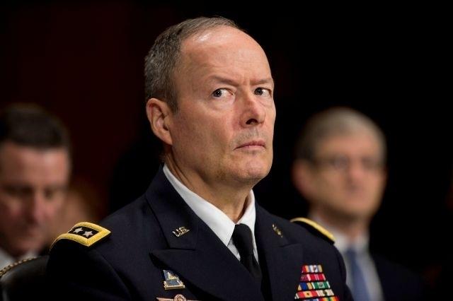 NSA recopiló datos de celulares de estadounidenses