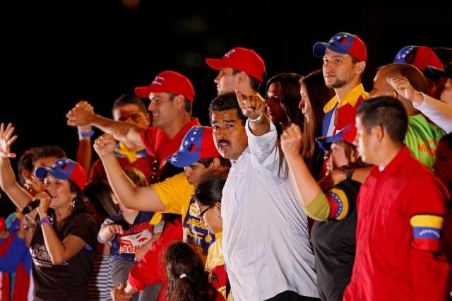 Acusan de nepotismo a Maduro