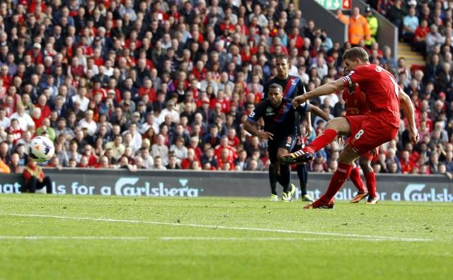 Con Suárez Liverpool   a la punta