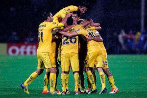 América domina el Apertura 2013 y Chivas y Pumas están en la lona