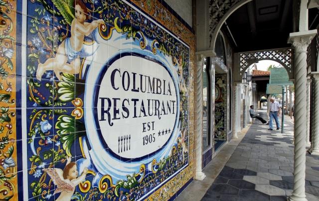 Restaurante latino en Florida cumple 108 años