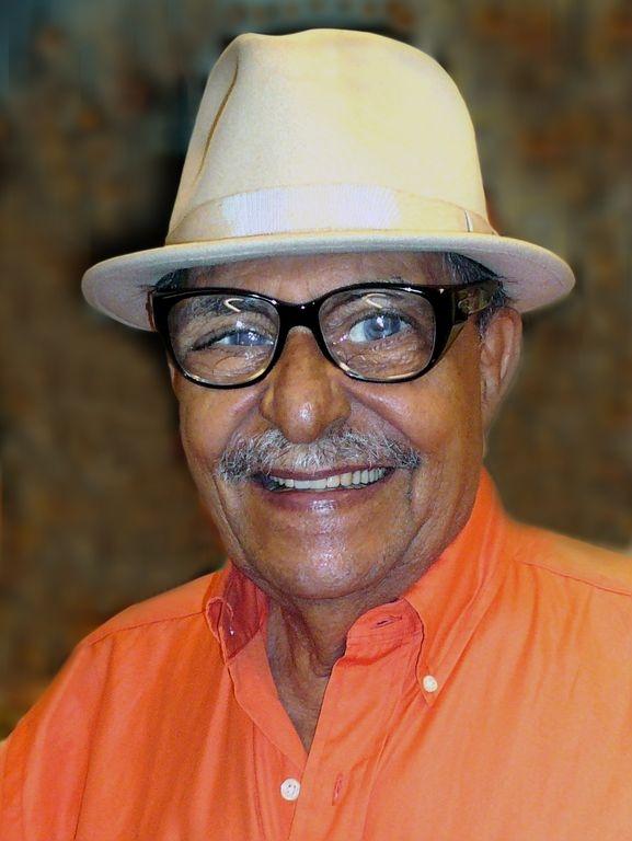"""Designan """"Rafael Tufiño Way"""" tramo de la 103 con Lexington"""