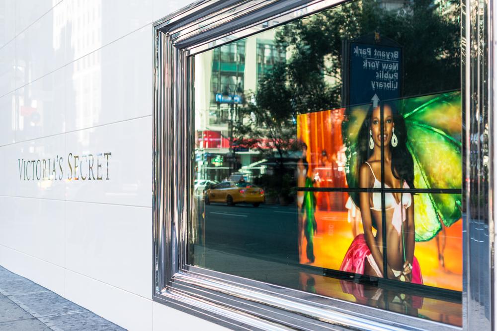 Admite aborto joven detenida en Victoria's Secret de NYC