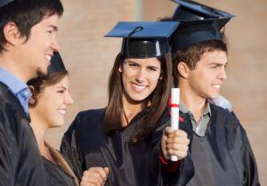 Universidades de Denver beneficiarán a jóvenes hispanos