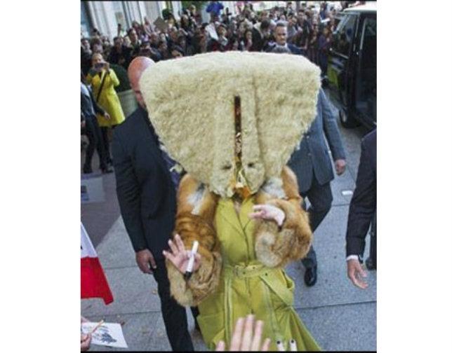 Lady Gaga tiene un día de 'pelos' en Berlín