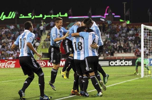 Argentina y Uruguay  a cuartos de final