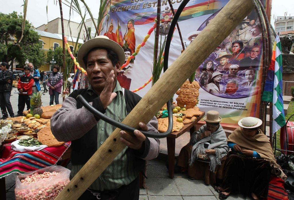 "Por error Bolivia rinde honor al ""muerto"" Nelson Mandela"