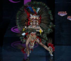 Traje típico para gay da suerte a Nicaragua en Miss Universe