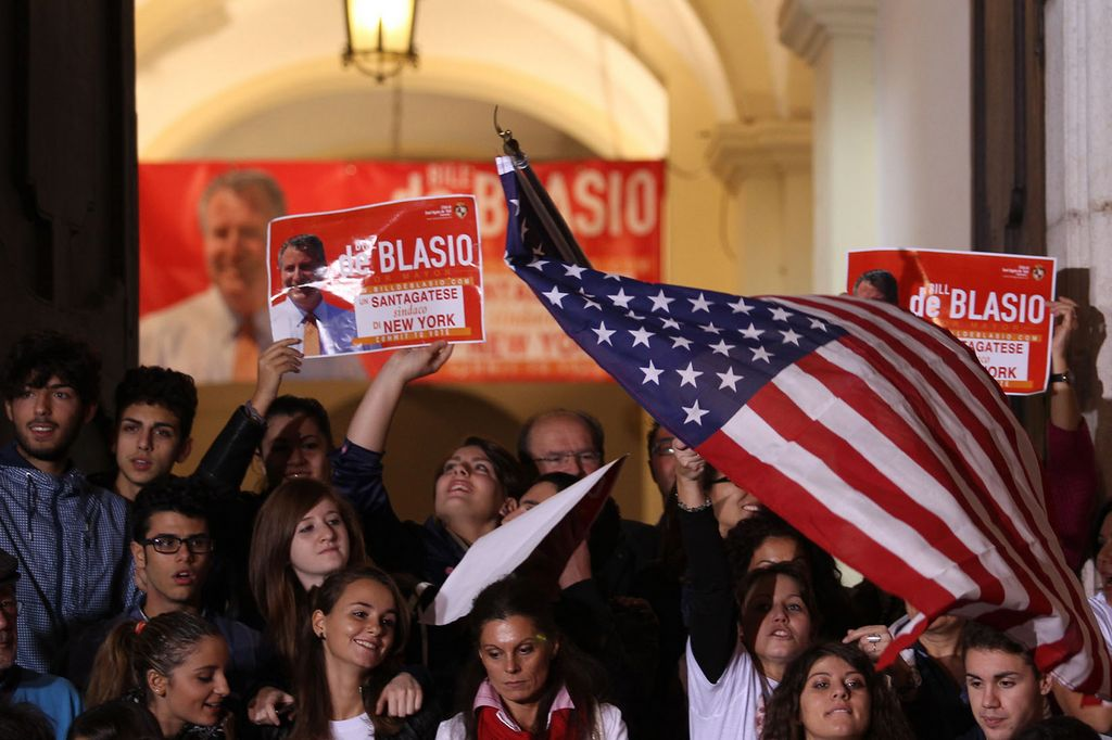 "En Italia celebran triunfo del ""nieto"" De Blasio en NYC"